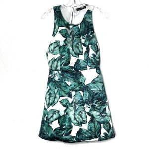 Haoduoyi green & white tropical dress size Med